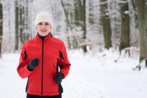 Како да се загреете за вежбање во зима